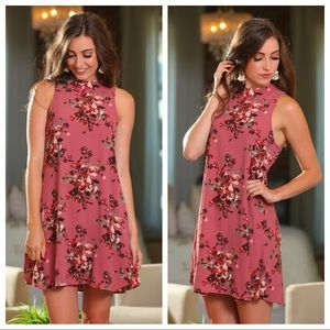 ✨RESTOCK✨Mauve floral sleeveless dress with detail